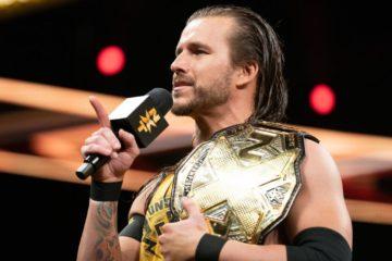 Adam Cole parle lors du début du show de NXT du 19 Juin