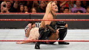Natalya à Raw