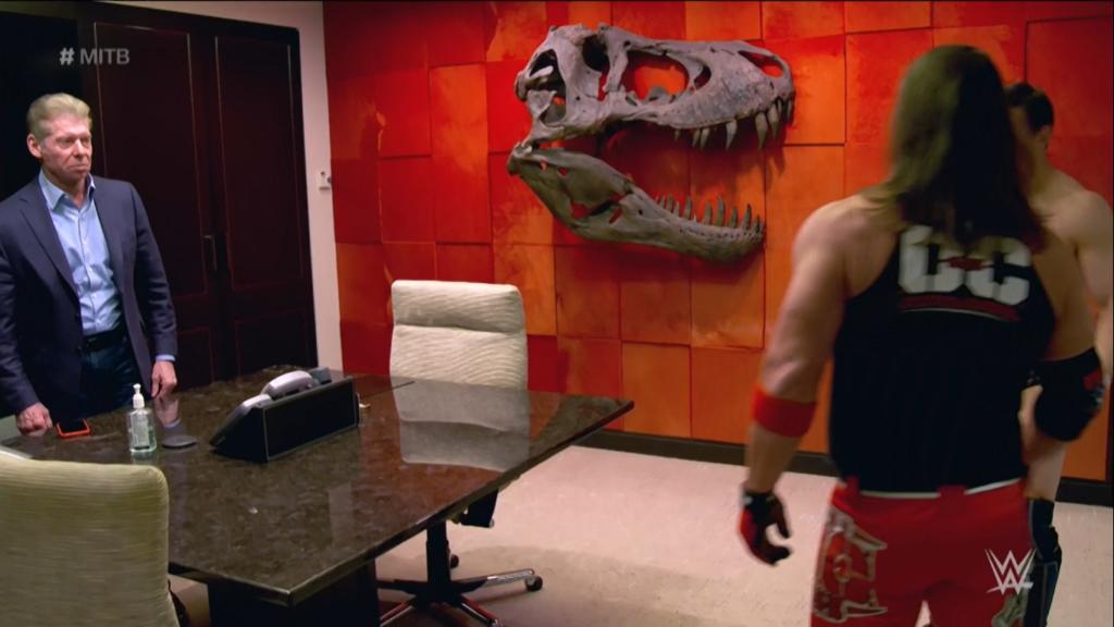 aj styles y daniel bryan en oficina de Vince McMahon 1024x576 - Pourquoi Bryan et Styles ne se sont que très peu frappés dans le bureau de Mr McMahon ?
